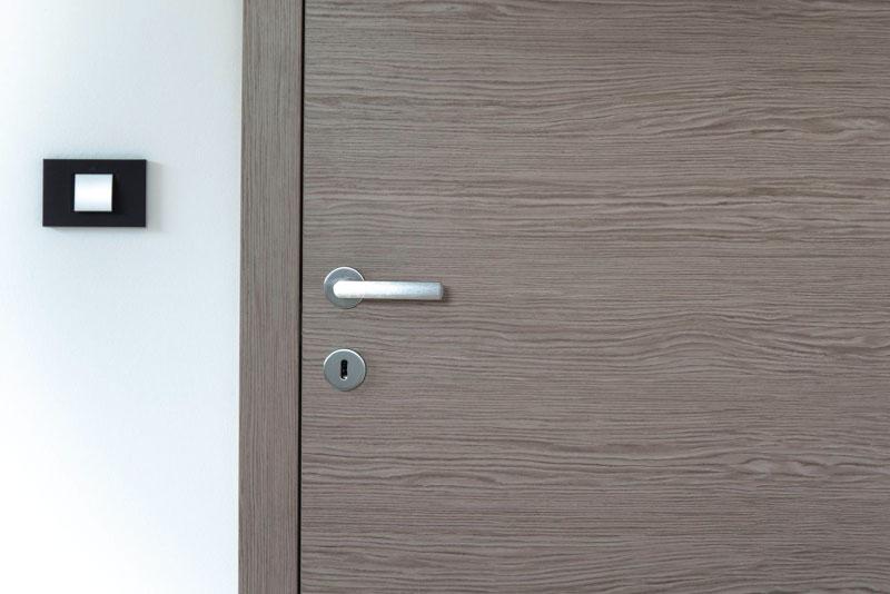 Notranja-vrata-narejena-po-meri