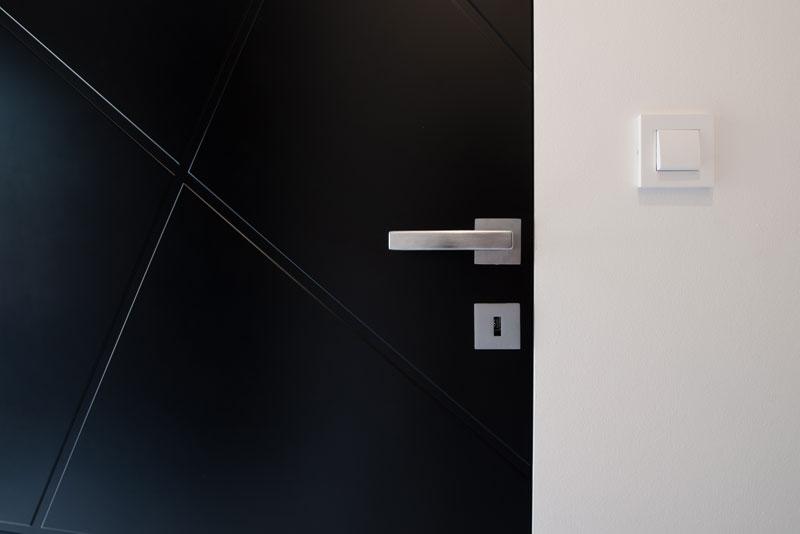 Notranja-vrata-Invisible-line